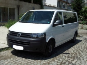 VW-Caravelle-New-Front