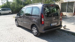 Citroen-Berlingo-new-back (1)
