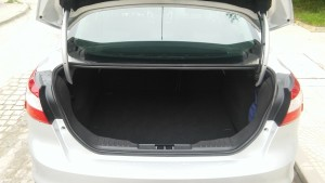 Ford-Focus-Sedan-New-Trunk