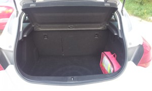 Opel-Astra-New-Trunk