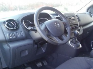 Opel-Vivaro-New-Interior