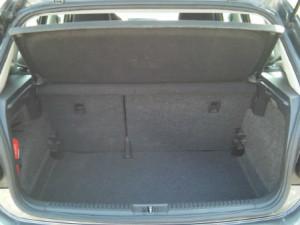 Volkswagen-Polo-New-Automatic-Trunk
